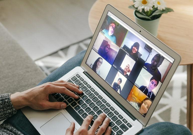 MEDIANET continue le coaching théâtral et le fait en ligne durant le confinement !