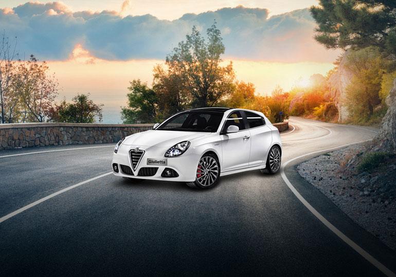 Développement du site web d'automobile ITALCAR